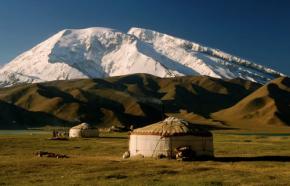 karakol yurt