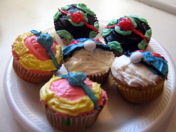 Pokeball+Cupcake3